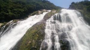 滝めぐりの最後は、日本の滝100選にも選ばれる大川の滝。