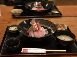 ふるさと市場 海鮮丼