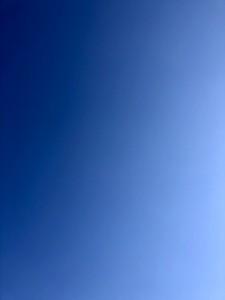 真っ青な空!太陽で休憩中もぽかぽかでした。