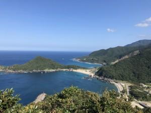 頂上からの眺めは最高ー!空も海も青かった✨