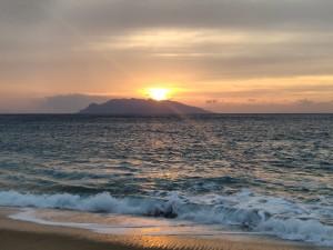 いなか浜の夕焼け。